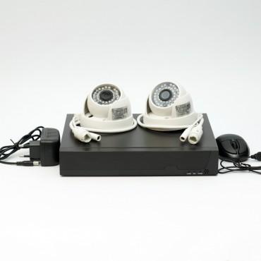 Комплект IP видеонаблюдения IPKIT0902 с 2 купольными камерами 2МП