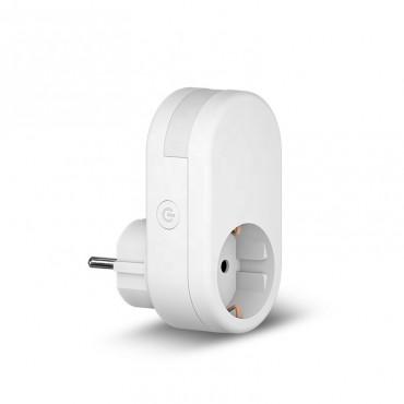 Розетка умная с WiFi подключением и регулируемой подсветкой «Мотылек» и приложением Tuya Smart