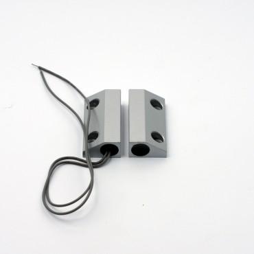 Извещатель магнитоконтактный проводной (для металлической двери/ворот) ALFA AS004