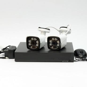 Комплект IP видеонаблюдения IPKIT0905 с 2 уличными камерами 5МП и 9 канальным видеорегистратором